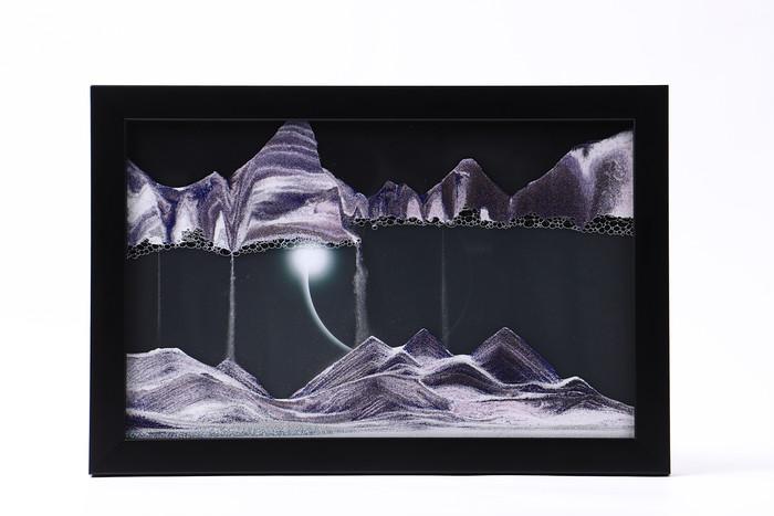 おうち時間を愉しむアイテム。砂が創り出す壮大で幻想的なアート