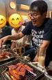 焼き肉を美味しく焼くおっさん(東京23区どこでも)