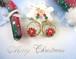 雪降るクリスマスのポインセチアリース風ピアス