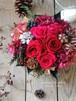 赤いバラと実物のバスケットアレンジメント/ワインレッド/プリザーブドフラワー/還暦祝い/バースデーギフト/クリスマスギフト【お届け日指定可能】【即日発送】