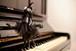 ポストカード_カリントウ姫 on the piano (たつたゆきこの造形作品より)