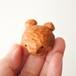 木彫りの熊のブローチ/ナチュラル C