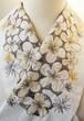 刺繍半衿・花の人・木綿布(生成りハンドワッシャー)×糸(茶+モスグリーン)
