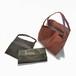L BAG  small 軽くて薄い牛革のバッグ