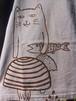 草木染、梅の木染め、絞り染め 綿100 きのこと猫 半袖Tシャツ 男性用Lサイズ 手描きイラスト