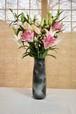 豪華百合10本花束と御前窯の高級花器(A)