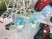 キラキラクリスマスツリーを閉じ込めたアイスキューブ風ピアス