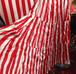 へ 紅白スカート