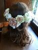 存在感と上品カラーのベージュとオフホワイトのヘアーパーツ
