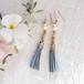 ●nohohon(blue) 絹組ひもタッセルとコットンパールのピアス