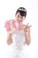 【0135】ブーケを持つ花嫁