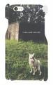犬デザインのスマートフォンケース