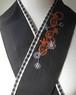 刺繍半衿・恋するパイナップル・黒×チェック布