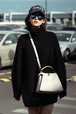 芸能人 衣装 女性 セーター 厚い タートルネック 大人気 上着 オシャレ エレガント風