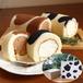 【黒沢牧場生乳使用】牛柄ロールケーキ 2本セット [ギフトBOX・紙袋付]