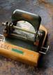 イギリス ホールパンチャー EAST-LIGHT No187 2穴パンチ