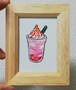 ずが☆こうさく『ミニ絵画「ストロベリーフラペチーノ」』