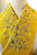 刺繍半衿・花の人・黄色木綿布(シーチング)×糸(蛍光黄色+グレイ系)