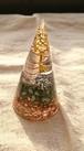 テラヘルツトンガリ円錐型オルゴナイト