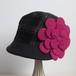 小ぶりな切り替えキャスケット/ピンクの花