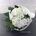 <お祝い花束> 8,000円の花束を贈る