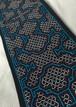 アマゾンの泥染め 刺繍のテーブルセンター08 青裏付 17x61cm