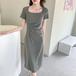 【dress】輝いて超人気 ! 高級感 シンプル無地 着痩せ2色デートワンピース