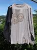 草木染、梅の木染め、 綿100 メビウス猫と魚 長袖Tシャツ 男性用ⅩLサイズ 手描きイラスト