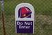 TACO BELL Drive Thru Sign DO Not Enter (タコベルドライブスルーサイン)