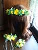 イエローパンジーとグリーンの花冠、リストレット、ブートニア