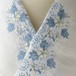 刺繍半衿・絽・チロリアンテープの花・ブルー