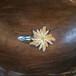 花刺繍のパッチピン(ライトブラウン)