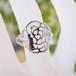 【猫のジュエリー】K18WGダイヤモンド付きフラワーモチーフ猫のリング