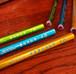 メタリックな書写用鉛筆