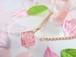 桜が入った春のキューブのシンプルネックレス