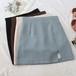 韓国ガールのタイトミニスカート