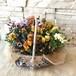 フラワーバスケット カゴいっぱいにお花を詰め込んだギャザリング寄せ植え
