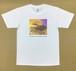 Jean-Pierre Anpontan アートプリントTシャツ「最初が肝心」白Tシャツにオリジナルアート+ロゴ メンズ レディス キッズ