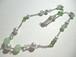 カルセドニー・パール・カットガラスのネックレス〈n240〉