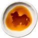 アメリカン・コッカー・スパニエルのシルエットが浮かぶお醤油小皿(丸)