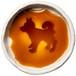 立ってるポーズの柴犬のシルエットが浮かぶお醤油小皿(丸)