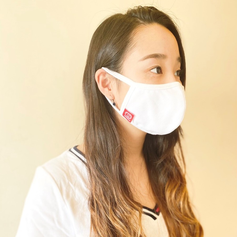 呼吸しやすく耳が痛くなりにくいように設計しました