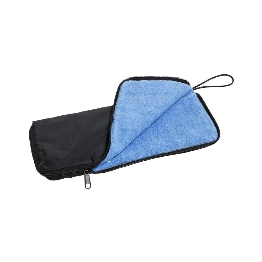 折り畳み傘ケース付き(濡れた本体のふき取りにも便利です。)