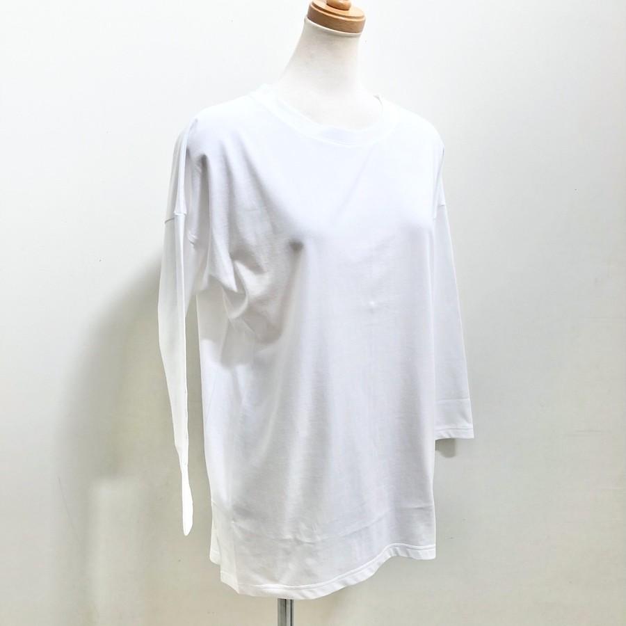 カラー:WHITE