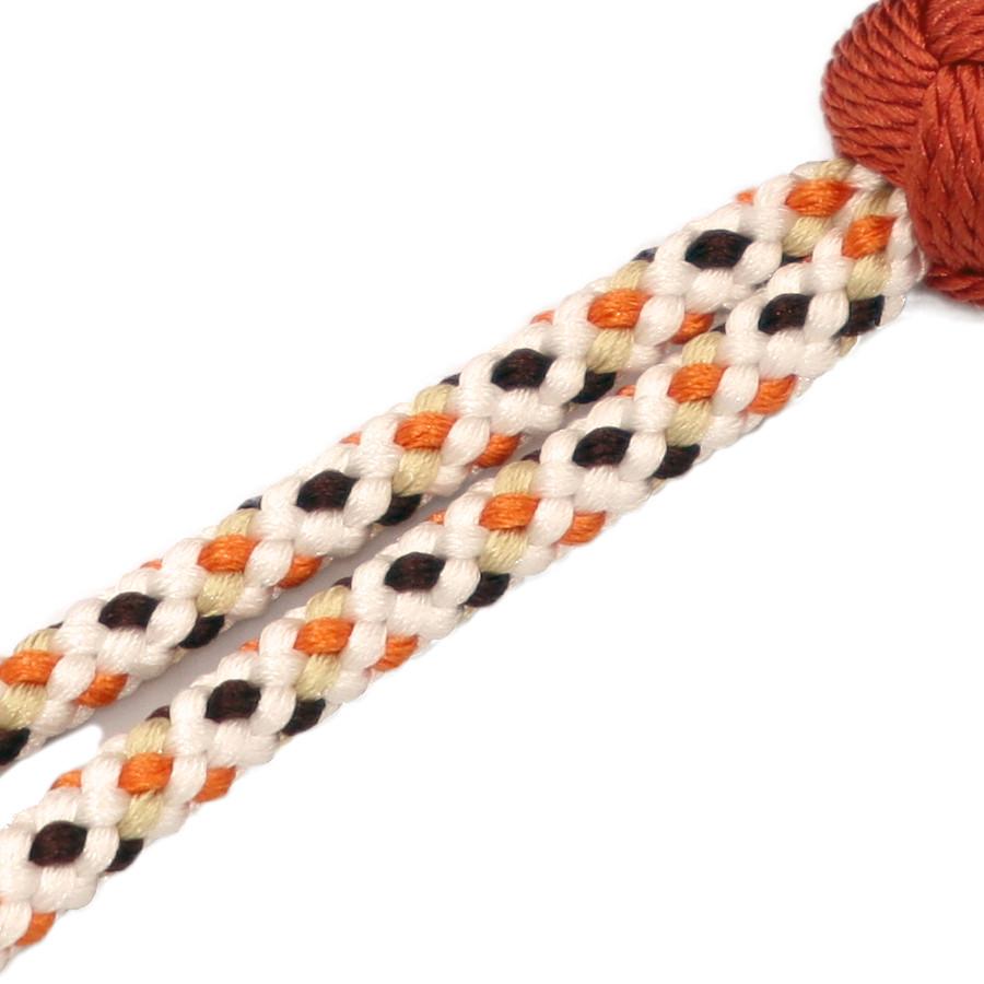 非常に複雑に編まれた組紐です、とても丈夫で美しいです