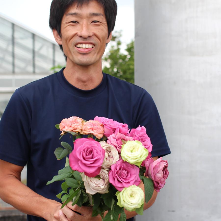 今度は花束も作るそうです。すごい!!