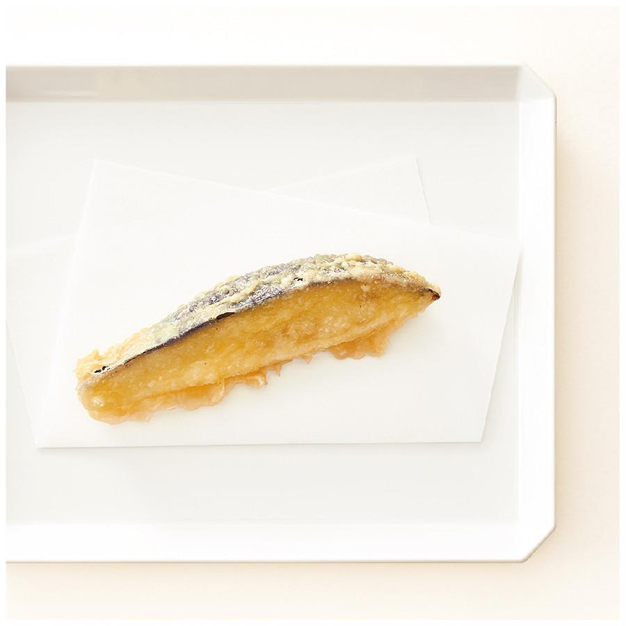 風がなくキズつきにくい最適の環境で育った、香川産ナス。